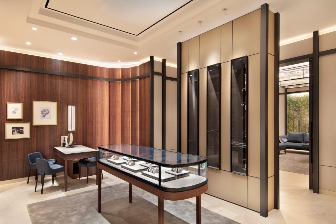 Jaeger-LeCoultre Dubai Mall boutique